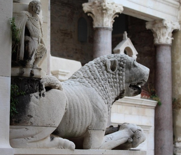Diocletians palace lion