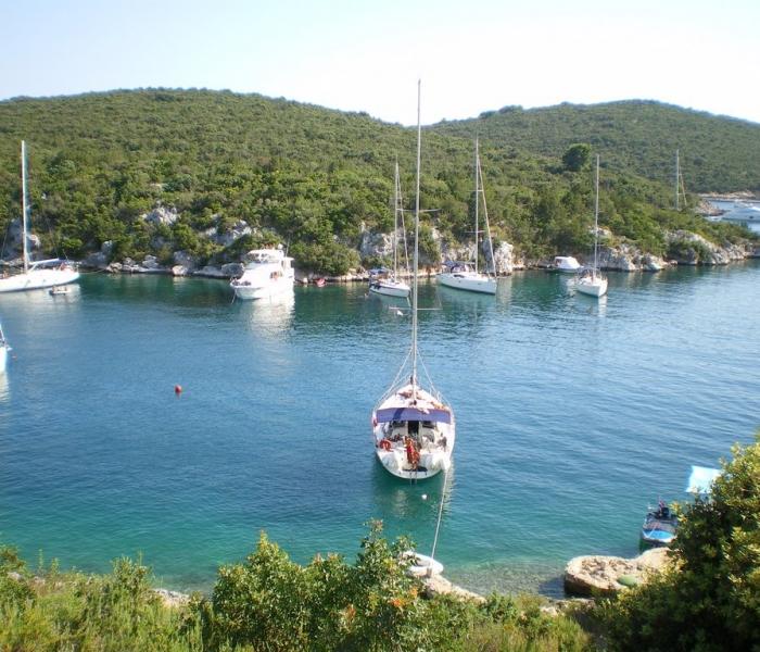 Sesula bay Solta Yachts