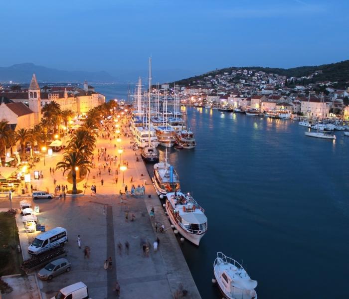 Trogir riva by night